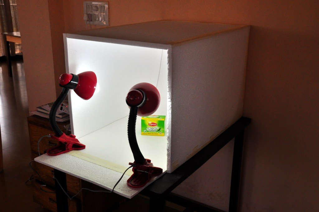 how to make a cheap tracing light box