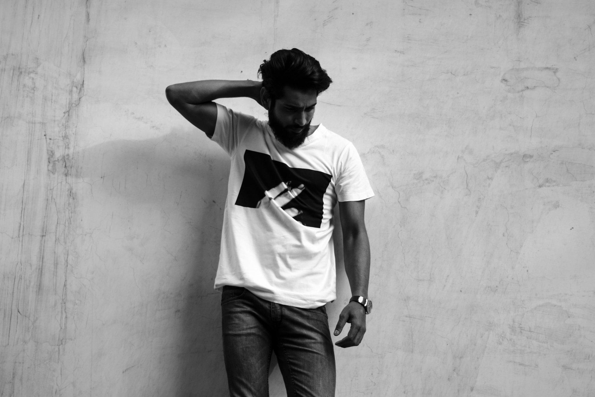 Tlolu T-shirt