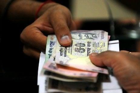 http://news.manikarthik.com/wp-content/uploads/2013/09/personal-cash-loans-india-procedure.jpg