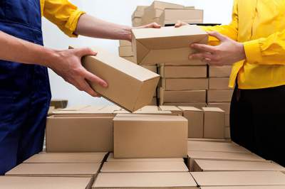 http://www.trueship.com/blog/2014/11/25/ecommerce-shipping-and-fulfillment-the-definitive-guide/