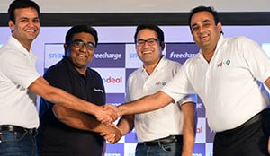 https://upload.wikimedia.org/wikipedia/commons/d/d3/Snapdeal-Freecharge-co-founders.jpg