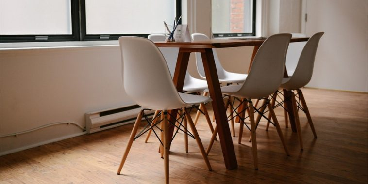http://maxpixel.freegreatpicture.com/static/photo/1x/Chairs-Furniture-Modern-Decor-Design-Table-629772.jpg