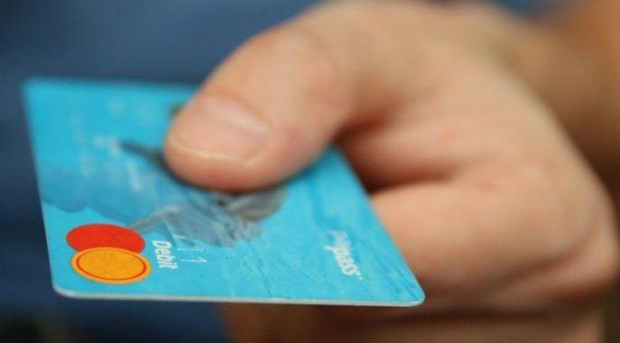 http://www.economiematin.fr/img/thumbs/Images/fraude-carte-bancaire-augmentation-montants-paiement-monde.jpg