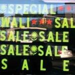 https://upload.wikimedia.org/wikipedia/commons/a/ae/Shopping_Season_Diwali_Sale_Signs.jpg